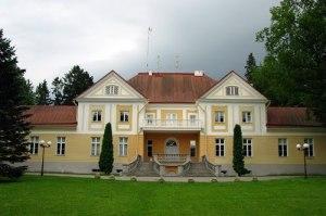 Maardu manor